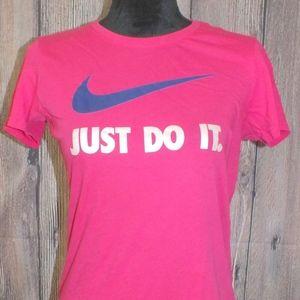 Nike Dri Fit Tee Medium